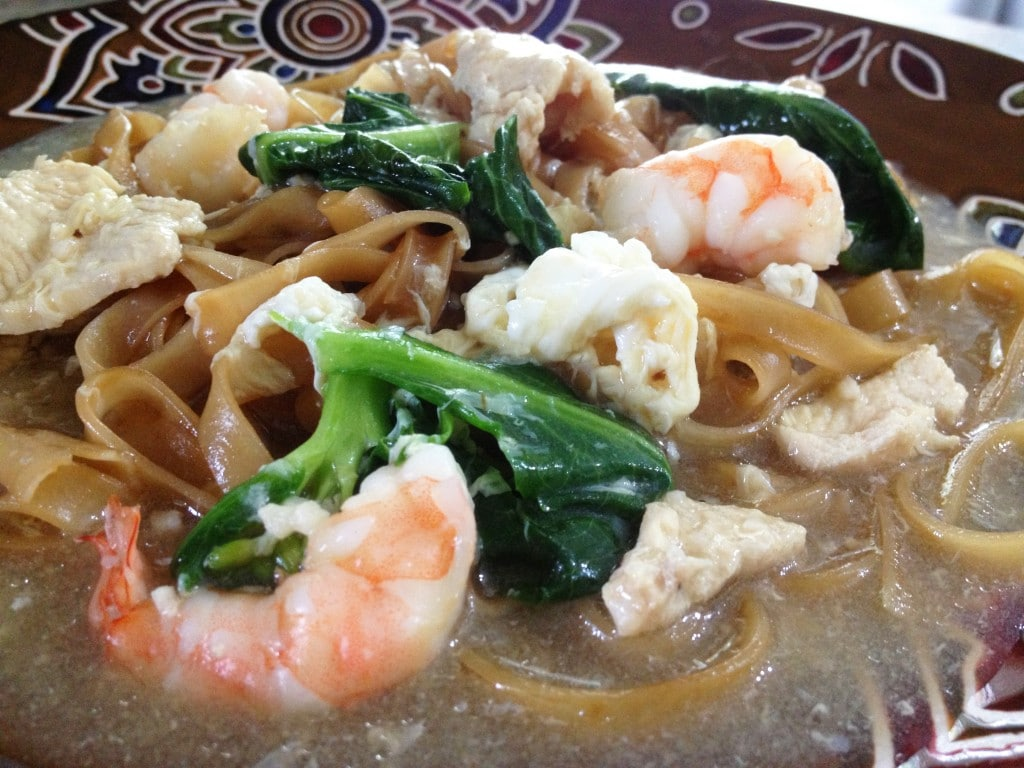 Rice Noodles In Egg Gravy Wat Tan Hor The Cooking Jar