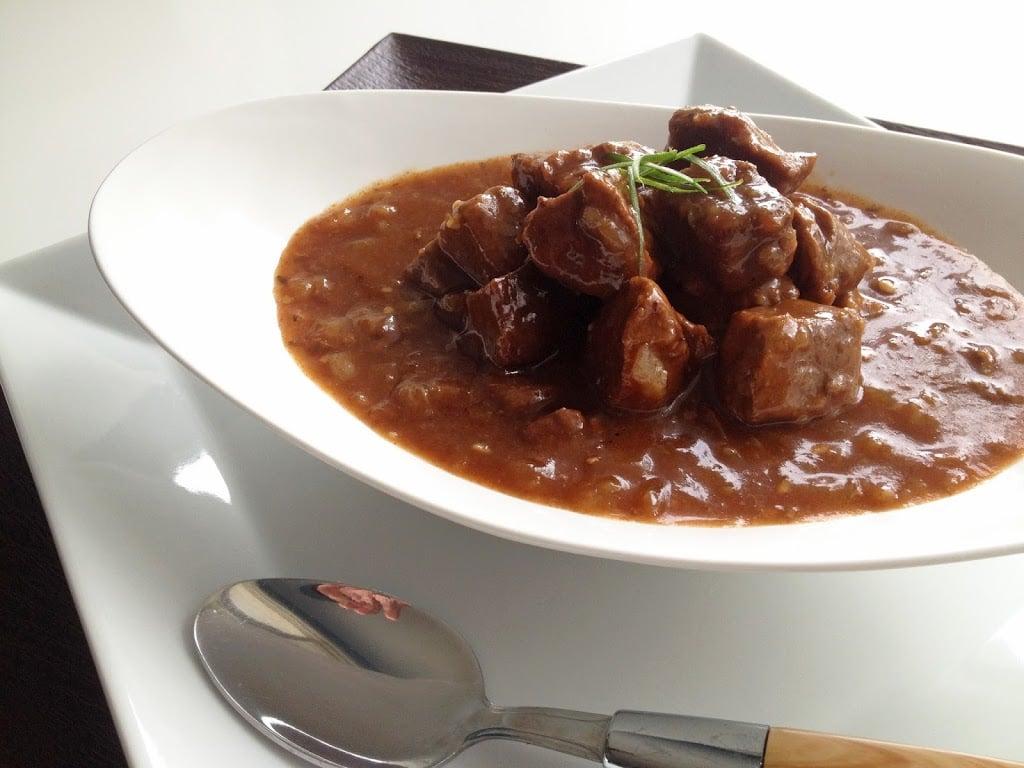 Slow Cooker Beef Goulash