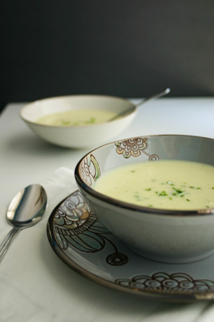 Vichyssoise (Potato and Leek Soup) - The Cooking Jar