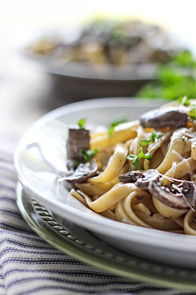 Hearty, earthy and meaty. This creamy mushroom Alfredo is a great dinner for two for pasta lovers.