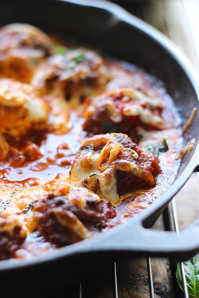 This cheesy meatball skillet has so many ways to be enjoyed! Pop them in a sub or mix them with pasta, or have them with some bread!